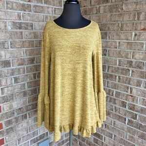 Easel Long Sleeve Tunic Sweater